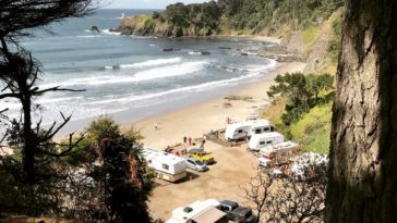 Anchor Bay Campground by willowmeim