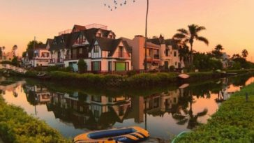 Venice Canals Historic District | Debodoes
